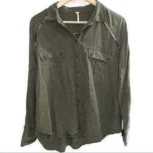 Free People Tops - FREE PEOPLE Off Campus Buttondown Olive Green Sz M